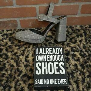 Gianni Bini Gray Tweed Plaid Ankle Mary Jane
